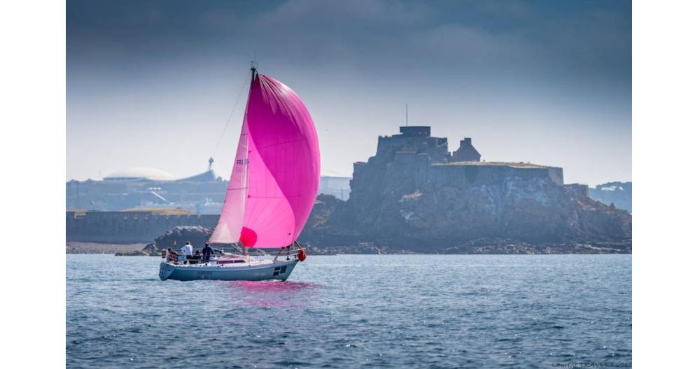 Sailing-Race-1207-WEB.png#asset:251:eventCrop